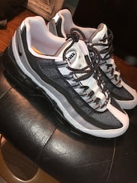 Brand new air max 95 size 10.5 Vancouver, V6G 1T1