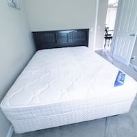 Queen bed with Serta mattress  Knoxville