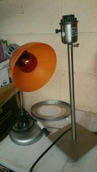 white and red desk lamp Torrance, 90501