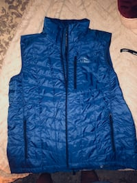 LL Bean Lightweight puff Outdoor Vest, Men's Large Blue Fairfax, 22032