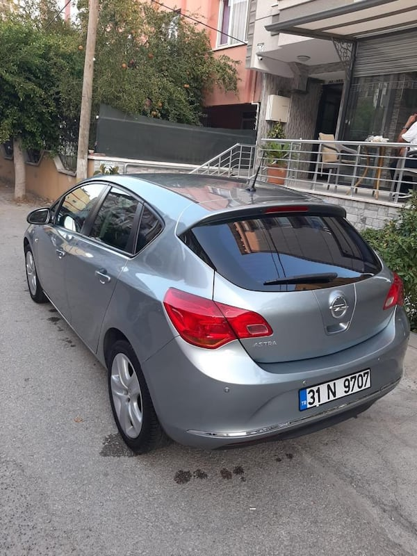2014 Opel Astra HB 1.6 115 PS EDITION 3