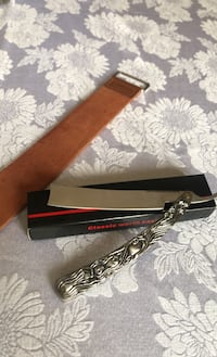 Straight Razor with Leather Strop