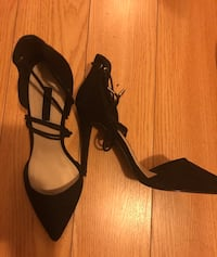 Wege shoes/ heels size 8$80 for 4 shoes Toronto, M3B 2W5