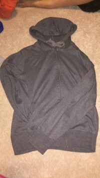 black zip-up hoodie New Tecumseth, L9R 1M4