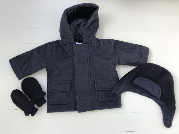 eb0da6be90c3 Used Baby Gap  Size 6 - 12 Months Wool Winter Jacket With Hat and ...