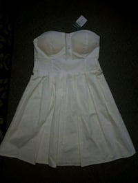 Small strapless dress with tag 483 km