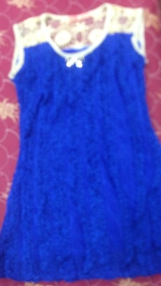Brand new blue top!!
