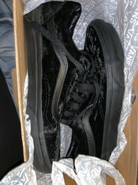 "Black Velvet "" Old Skool"" vans  Las Vegas, 89148"