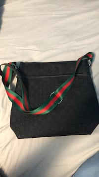 Gucci messenger bag Calgary, T3N 0B8
