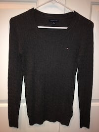 TOMMY HILFIGUER SWEATER