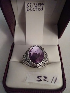 size 11 oval cut purple gemstone silver plated ring