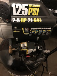 Central pneumatic like new air compressor.  $175 plus tax new Loveland, 80537