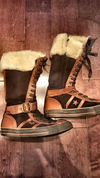 Converse Leather All Star Boots Toronto, M4C 1J8