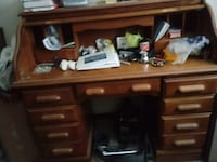 Old desk. Rolls up .excellant shape Grove City, 43123