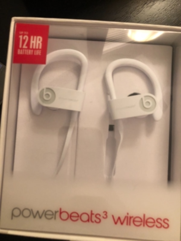 *BRAND NEW* Powerbeats3 wireless headphone 7ac48f3e-d279-479f-8ea5-a1601d240e65
