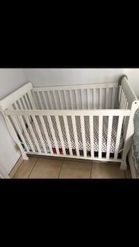 Delta 4in1 convertible crib with mattress