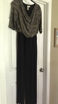 jumpsuit size small  Rockville, 20850