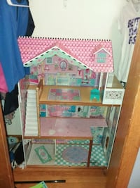 Doll house Knoxville, 37918