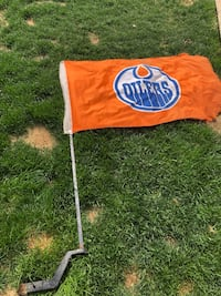 Oilers hitch flag Beaumont, T4X
