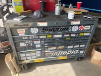 Tool box - SNAP ON 54 inch Roll Cab w power drawer