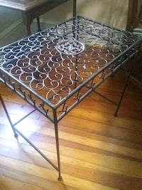 Side table Hagerstown