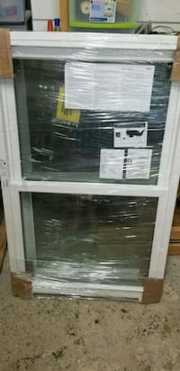 I have 2 double hung windows bran new  Rootstown, 44272