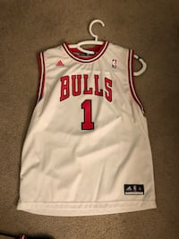 white and red Chicago Bulls 23 jersey Agoura Hills, 91301