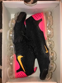 pair of black-and-red Nike running shoes Salinas, 93906