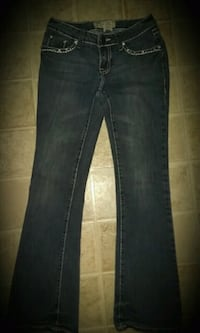 BEAUTIFUL EMBELLISHED JEANS SIZE 3 ONLY $6!