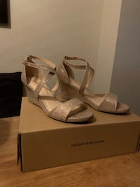 Brand New! - Gold Le Chateau Wedges size 7