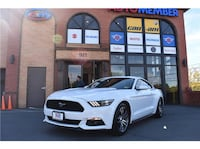 6th gen. white Ford Mustang coupe 8 km
