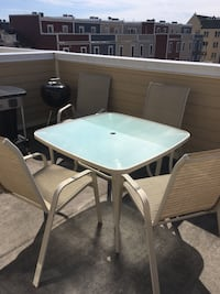 Outside patio dining set- used, decent condition Alexandria, 22301