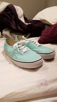 New Mint Vans - worn a handful of times Kitchener, N2P 1R6
