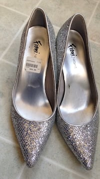 Fioni night silver heels Norwich, N0J 1P0