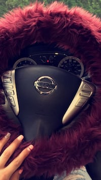 Burgundy steering wheel cover  Joppa, 21085