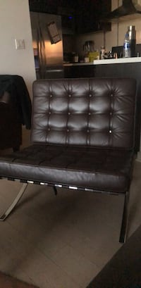 Brown Barcelona chair in good condition Los Angeles, 90066