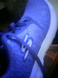 Skechers sneakers size 9 1/2 Manchester, 03104