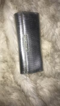 black and gray leather wallet Vancouver, V5X 1N9