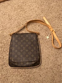 Louis Vuitton Bag Beaverton, 97005