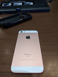 IPhone SE Rose Gold 16GB T-Mobile