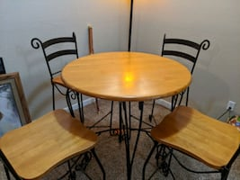 Tall dinner table w four chairs