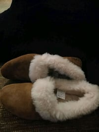 brown-and-white fur slide sandals Silver Spring, 20902
