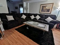 reclining sectional  Mississauga, L5J 2A8