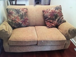 Thomasville loveseat & chair $360