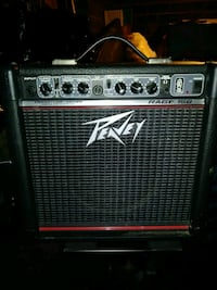 black and gray Peavey guitar amplifier 341 km
