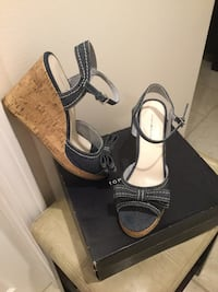 Tommy Hilfiger- Jean Blue Wedge Sandals - Excellent Condition- Size 8 Epping, 03042