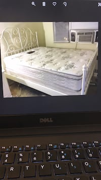 Queen IKEA White Metal Frame Bed, will Deliver ! Washington