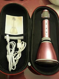 Pink wireless Microphone