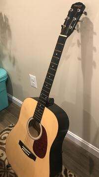 Acoustic guitar with case  Gaithersburg, 20879