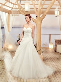 Wedding dress from France, tulle and bead embroideries